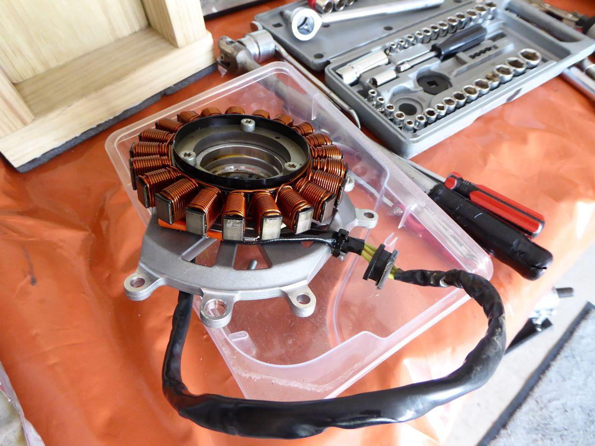 Alternator Problem Bmw R1200gs Forum R1200 Gs Forums 1200 Fuse Box Attached Images